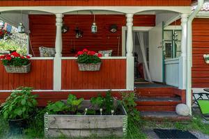 Ett trevligt timmerhus i Finngärds fäbodar. Foto: Jona Granath