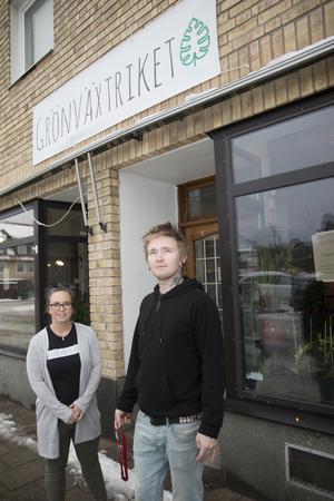 Butiken ligger på Torggatan i Nynäshamn.