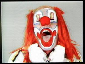 """""""Clown Torture"""" (1985) kombinerar två av Naumans återkommande teman: clowner och tortyr."""