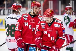 Patrik Karlkvist och Henrik Björklund – poängmakare mot Mora. Bild: Erik Mårtensson/BILDBYRÅN