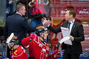 Sundblad fick lämna över huvudansvaret till den då assisterande tränaren Niklas Eriksson. Bild: Johan Bernström/Bildbyrån