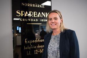 15 november. Efter 160 år fick Norrbärke sparbank i somras sin första kvinnliga vd. Emma Nyhem tog över efter Mats Larsson, som då hade haft uppdraget sedan 2005. Av de totalt fyra cheferna i Norrbärke Sparbank är tre nu kvinnor.