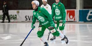 Anfallsstjärnan Ted Bergström kämpar för att ta sig in i truppen på nytt.