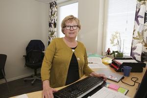 Kerstin Söderlund blev historisk när hon sommaren 2016 blev Smedjebackens första kommunchef. I april lämnar hon Söderlund sitt rum i kommunhuset för att gå i pension.