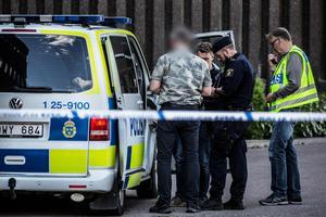 Det var en omfattande avspärrning kring polishuset i Falun.