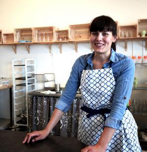 Vi vill göra allt från grunden så långt det är möjligt, säger Johanna Corby som driver café Skeppsbron.