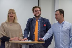Mona Modin Tjulin (S), Joel Nordkvist (M) och Serhat Uzun (L) har kommit överens om hur stadieindelningen ska se ut på Östersunds skolor från nästa år.