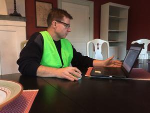 Dennis Storm är insatsledare för Missing people och leder sökandet från Stora gården i Kopparberg.