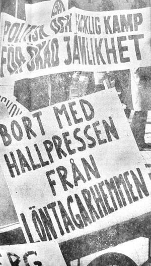 Bort med Hallpressen från löntagarhemmen, löd ett av de radikala budskapen vid förstamajdemonstrationen i Eksjö 1971. I staden var Smålands-Tidningen just vid denna tidpunkt det i storleksordningen tredje största industriföretaget, konstaterades det lite beskt på ledarsidan.