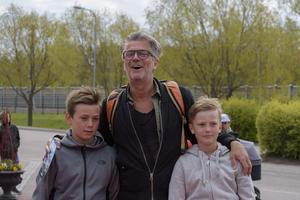 Jakob Stadell, Ceazar Hanna och Zion Stadell. Foto: David Söder