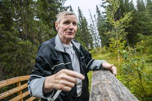 På Sågbacken fanns också en vattensåg som drevs av vattnet från en stor damm, som byborna också själva hade iordningställt.