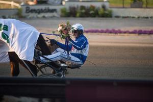 Jorma Kontio tog dubbla V75-segrar under kvällen.