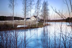 Dyraste bostadsförsäljningen i Bollnäs kommun under 2019 blev en vattennära hästgård i Voxsätter, intill Lenninge, som såldes för fem miljoner kronor.