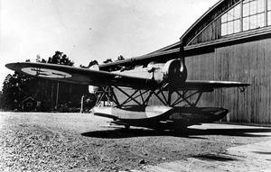 Sjöflygplan av äldre modell. En Hansa S 5 A Heinkel CVV.
