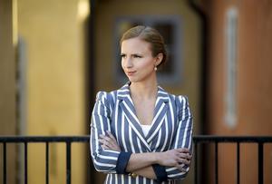 KD:s toppnamn till EU-valet, Sara Skyttedal, får kritik för sitt ordval efter det att alliansen sprack.