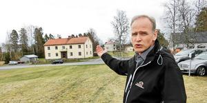 Vd Stefan Jönsson uttrycker en oro för att hyrorna blir så pass höga på en ort som Hammerdal. Men bostadsbehovet är stort och han hoppas att de nio nya lägenheterna ska ha hyresgäster redan från start.