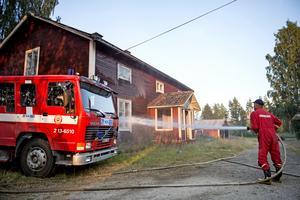 I fem dagar bekämpade personal från räddningstjänsten, hemvärnet, skogsvärnet och Holmen skog branden i Brattsjö.