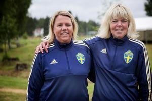 Ulrika Bertils och Maria Skantz har jobbat hårt med att få ihop Fotbollsskolan.