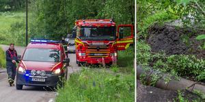 Vattnet hade spolat bort delar av skogsvägen och skapat en djup ravin. Foto: Niklas Hagman