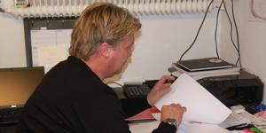 Dagen efter semifinalsortin städade Mikael Teurnberg ur sitt kontor på HZ Bygg Arena. I dag har han kontoret hemma i huset i Häverödal.
