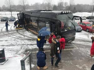 Delegationen anländer till Scaniarinken.                                                                                           Foto: Fredrik Gustavell