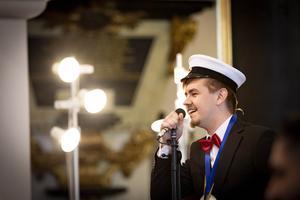 Lucas Lantz sjöng To good at goodbyes och fick stående ovationer. Foto: Lennye Osbeck