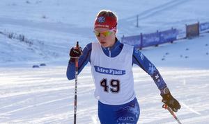 På vintrarna åker Tilda Östberg skidor för IFK Mora.