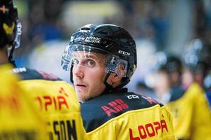 Robin Nilsson hoppas att VIK-fansen dyker upp i ABB Arena.