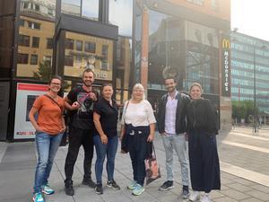 Anki Larsson tillsammans med de andra som gör