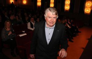 Arne Wikholm fick ta emot priset som Årets trotjänare för sina insatser bakom ratten.
