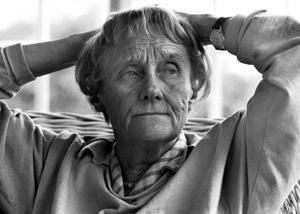 Roine Karlsson träffade Astrid Lindgren många gånger, just den här bilden på blev senare ett frimärke 2007, året då författaren skulle ha fyllt 100 år. Foto: Roine Karlsson
