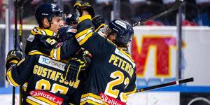 SSK jublar efter sitt 3–1-mål. Foto: Jonathan Näckstrand / BILDBYRÅN