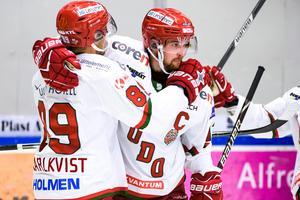 Magnus Häggström gjorde 1–0 för Modo.Foto: Bildbyrån