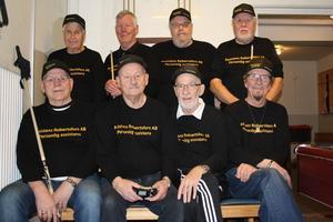 Här är det vinnande laget, stående från vänster: Set Bertrup, Lars Wikner, Kennet Josefsson, Rolf Fält. Sittande från vänster: Stig Olof