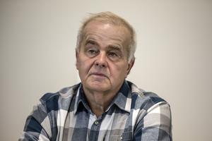 Jan Karlsson verkar ännu inte ha smält det faktum att fyra centerpolitiker fick fler personröster. Nu antyder partibasen att han kommer att avgå.