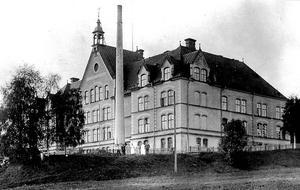 Sköns fattiggård, även kallad fattigpalatset. Bild: Ur Sköns Norra intresseförenings samling