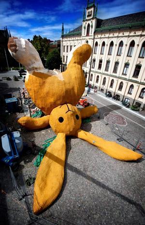 Florentine Hoffmans kanin på Stortorget var en favorit för många – men tydligen berodde storleken på en felberäkning. Foto: Na arkiv