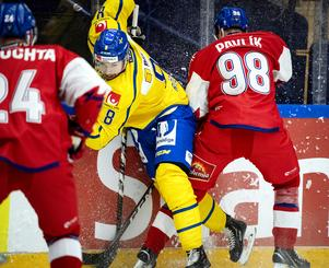 Anton Rödin spelade snyggt fram Mikael Wikstrand till Tre Kronors 1–1.