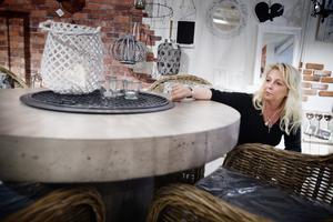 Kerstin Håkansson är både sorgsen över att ge upp sin dröm och lättad för att slippa de extremt långa arbetsdagarna.