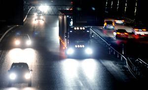 E4 och E14 är vägar med mycket trafik under julhelgen. Men i år kan jultrafiken fördela sig över längre tid.