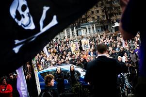 Bild från Piratpartiets EU-valupptakt på Medborgar platsen i Stockholm i april.Foto: Scanpix