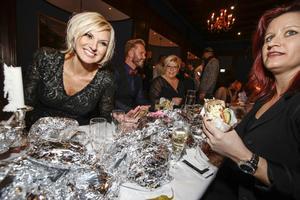 Varsågod Sanna, 40 kebab med bröd. Det är du värd efter att ha tagit dig till final i Melodifestivalen.