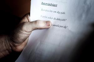Om nu en arbetsgivare hittar en för övrigt kvalificerad person men där hens värderingar krockar med företagets policy, hur hanterar man det? undrar signaturen Pensionerad företagare. Foto: Simon Paulin/TT-arkiv