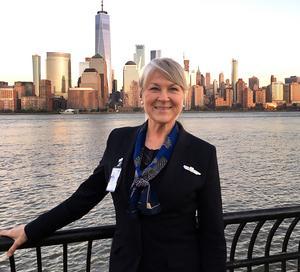 Första landningen i New York som flygvärdinna var också Tinas allra första besök i USA.