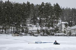 Dagens före var inte det bästa. En del snöfläckar dolde blötare is där skenorna lätt skar fast.