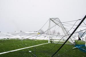 Arkivbild från december då fotbollstältet rasade första gången.