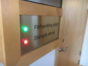 Häktningsförhandlingarna vid Falu Tingsrätt under måndagen hålls bakom stängda dörrar.
