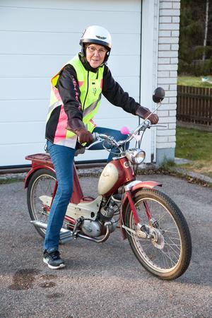 Karin Söderkvist redo för ytterligare en tur  på vägarna runt Horndal.