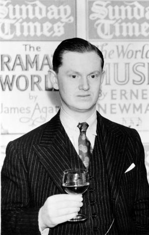 Den 34-årige gentlemannen Evelyn Waugh 1937. Foto: AP