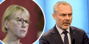 Om Jan Björklund (L) vill släppa fram en S-regering bör han kräva att man byter bort utrikesminister Margot Wallström (S)